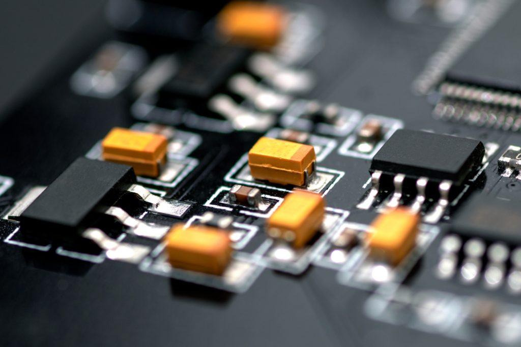 電子電気機器